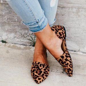 Bamboo Leopard Flats 7.5